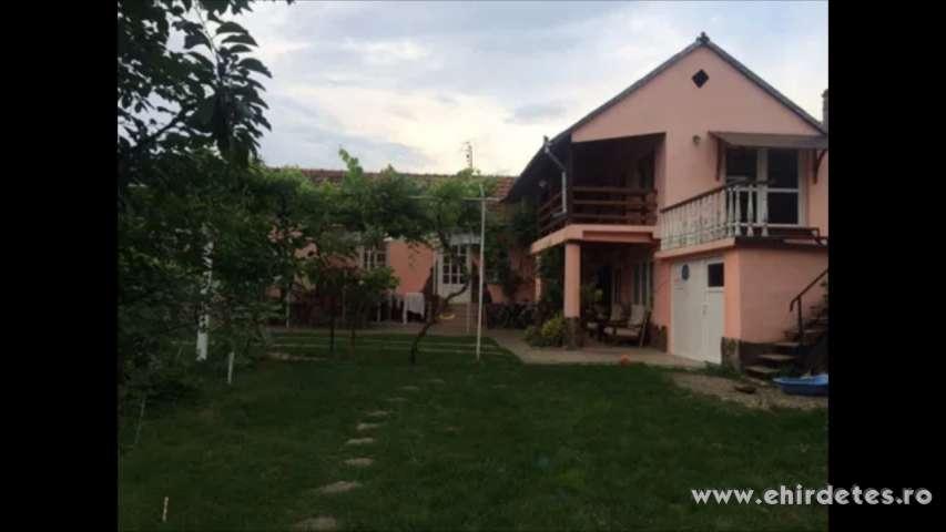 Családi ház eladó Örvenden erdőhöz közel Nagyváradtól 24 km