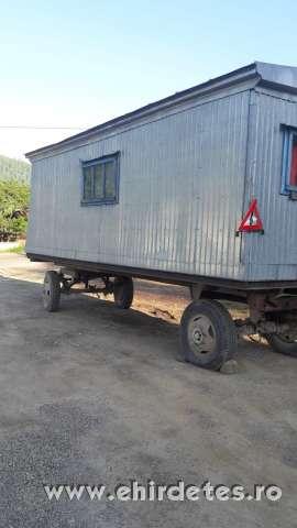 elado 6 szemelyes vagon
