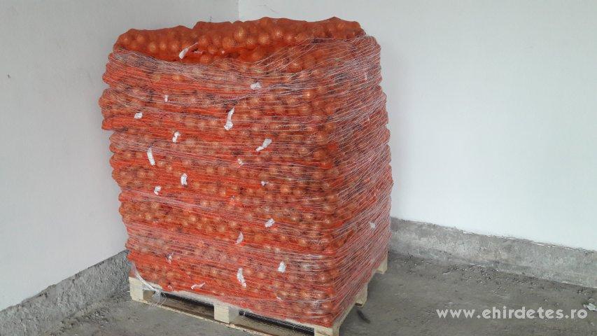 Eladó Import vöröshagyma burgonya krumpli piros burgonya hagyma kis