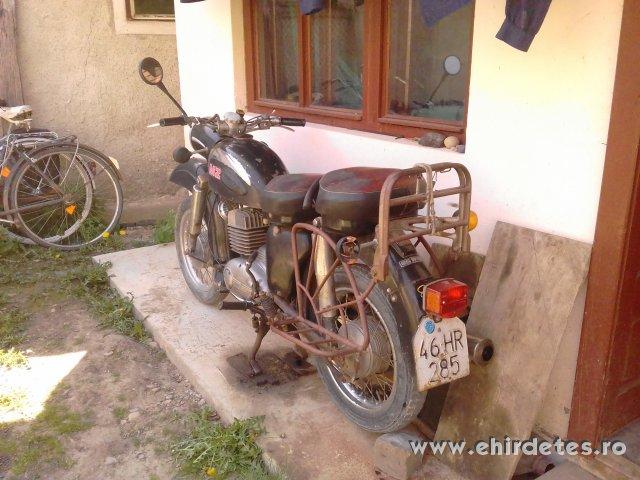 Elado MZ 250 motorkerekpar jo allapotban eredeti gyari alkatreszekkel