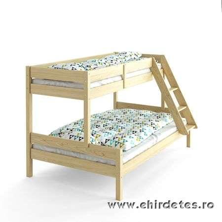 Fenyőfából készült ágyak