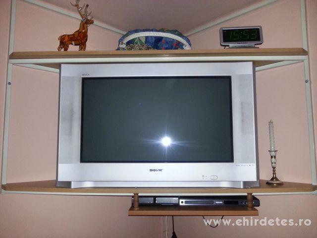SONY Televizio plusz álvány es egy Philips DVD lejátszó USB portal