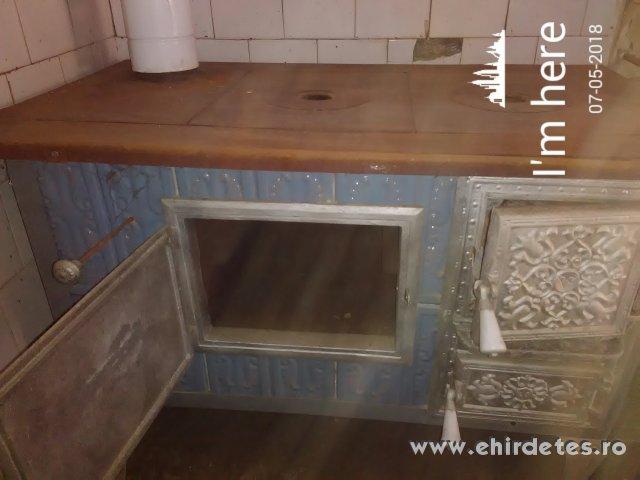 5b7be50434 Kiváló állapotban lévő sparhelt - otthon, kert - konyhafelszerelés ...