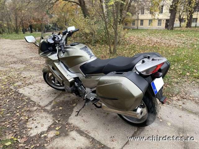 Kiválóan karbantartott Yamaha FJR túramotor eladó alacsony áron