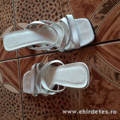Papucs eladó - ruha 6685cfa1b0