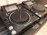 2x Pioneer CDJ2000NXS2  and  1x DJM900NXS2 mixer  for 1899 EUR